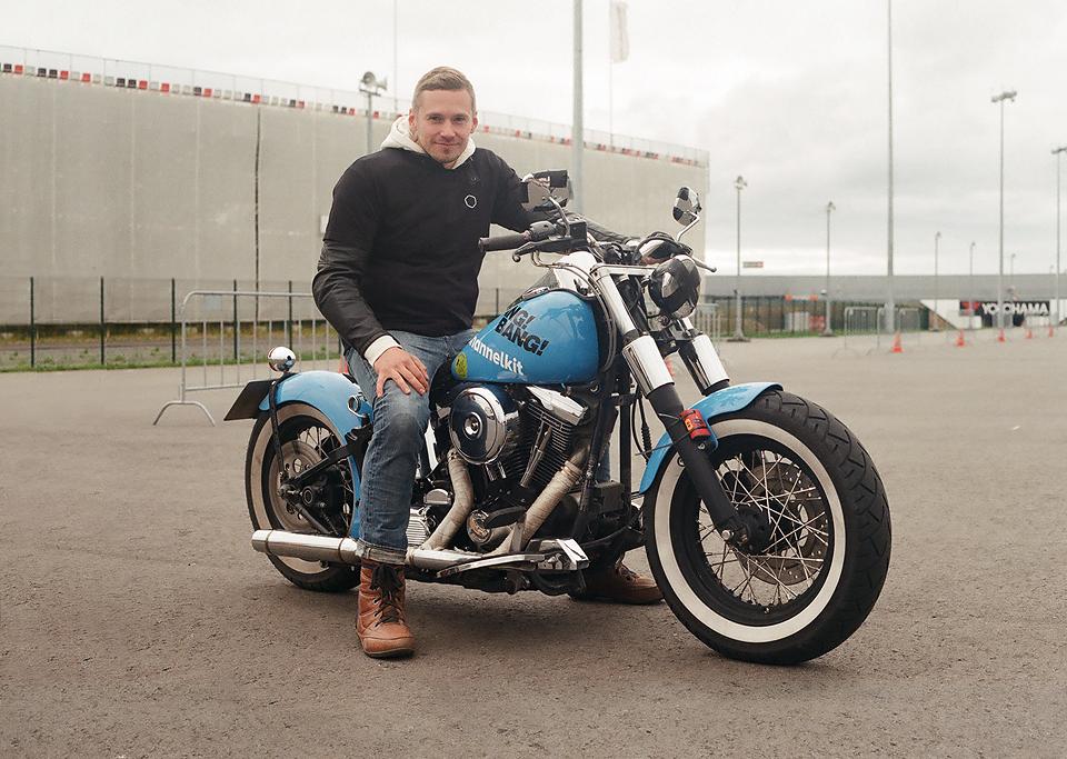 Фоторепортаж с гонки кастомных мотоциклов Nuts & Bolts. Изображение № 2.