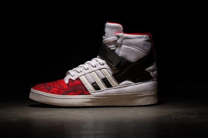 Adidas и Black Scale представили совместную коллекцию. Изображение № 1.