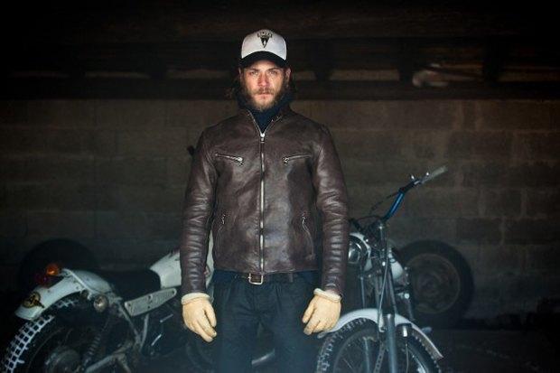 Марка Edwin и мастерская Blitz Motorcycles сшили мотоциклетную куртку с картой Парижа. Изображение № 1.