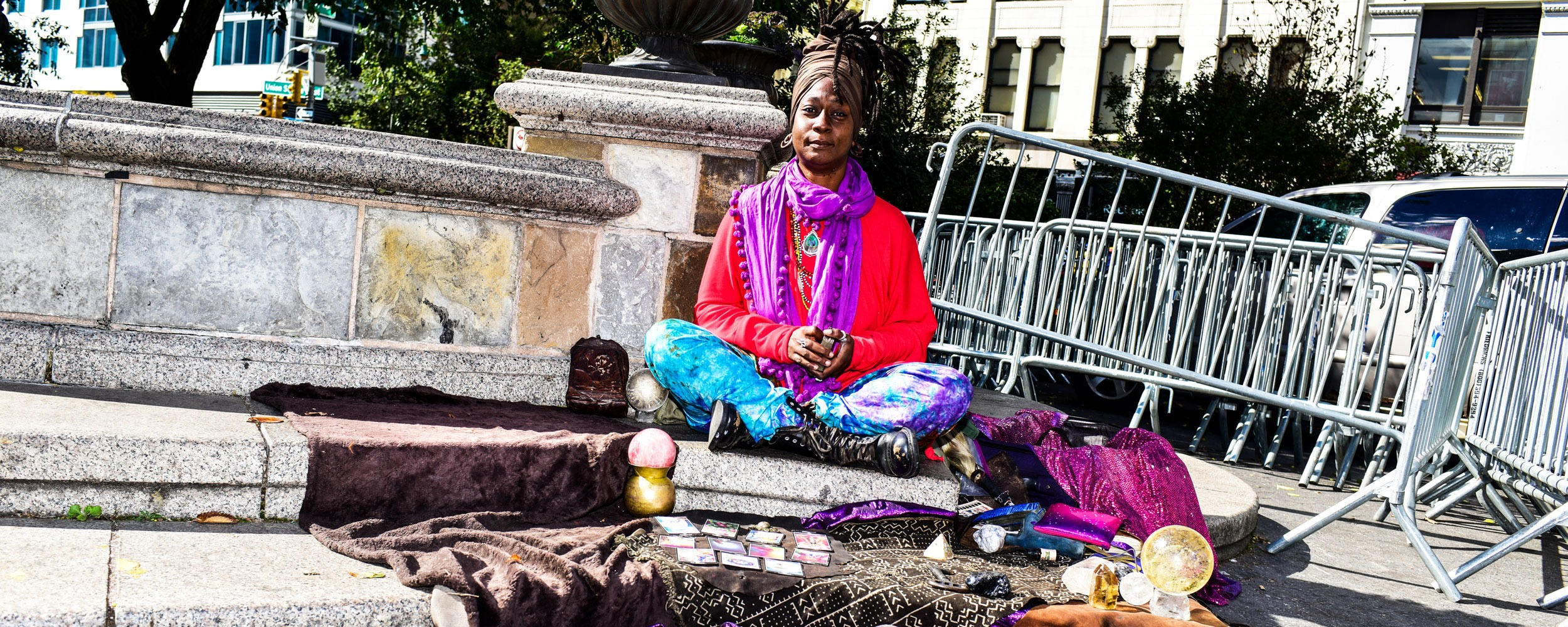 I'm the Union Square psychic and I'll cleanse your soul for ten bucks