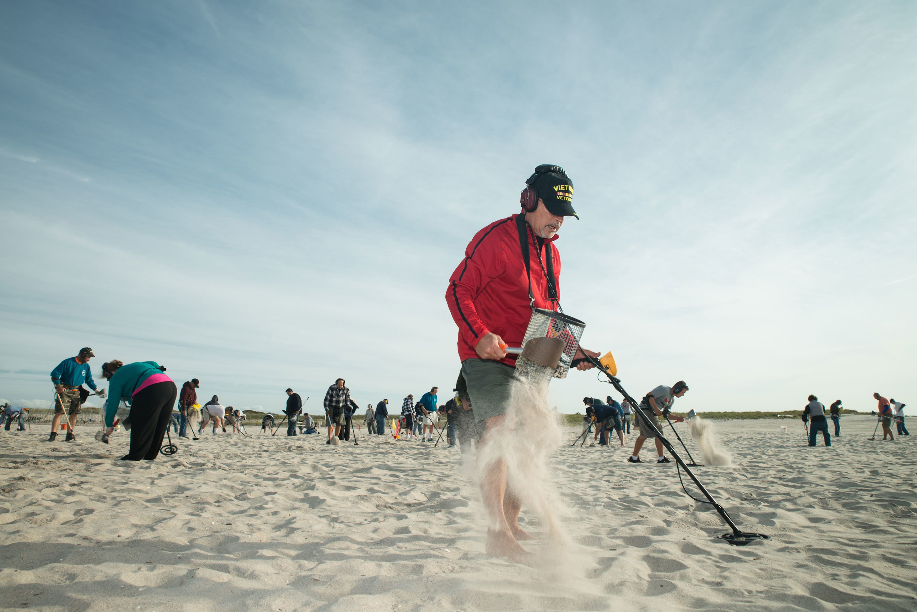 Digging for glory with Long Island's beachcombers