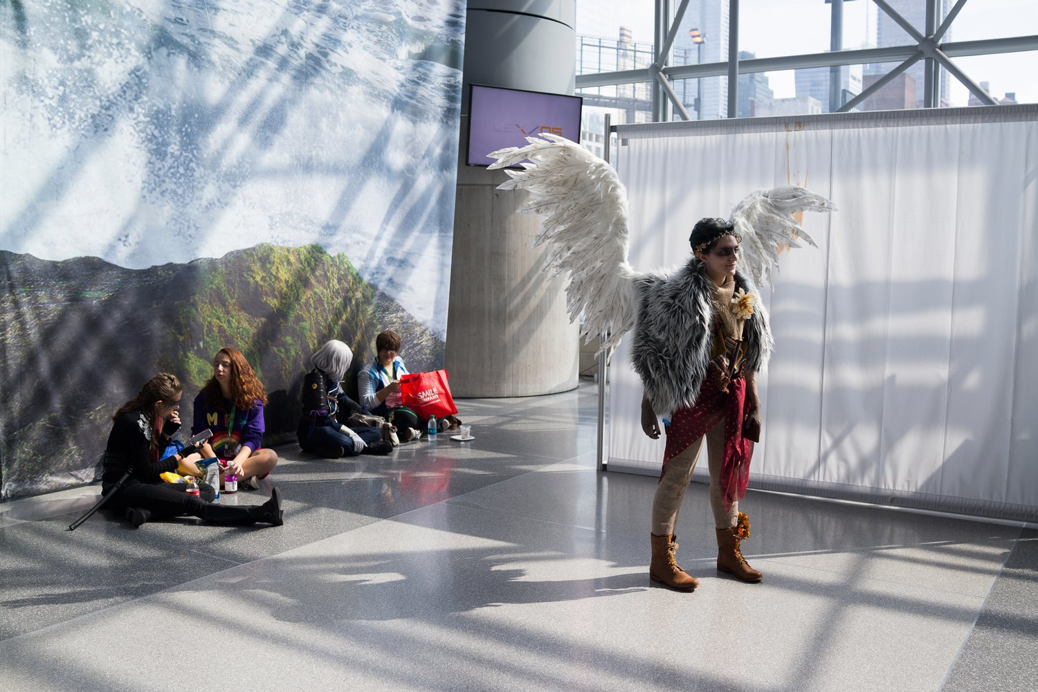 Meet the cosplay handlers, unsung heroes of Comic Con. Image 11.