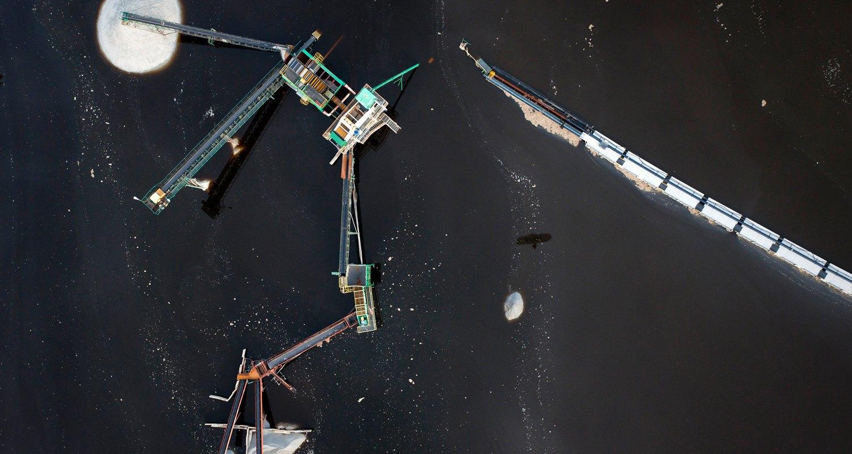 Paragliding over artscapes of industrial waste. Image 10.