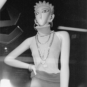 The complete history of mannequins: Garbos, Twiggies, Barbies and beyond. Image 30.