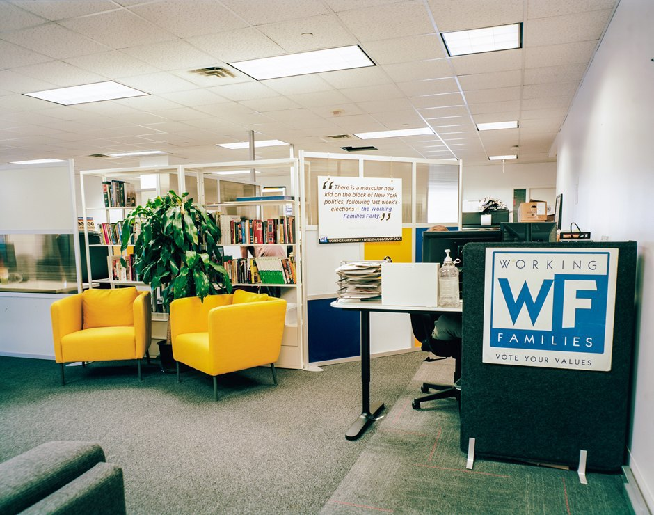 Battle for the ballots: inside the offices of U.S. third parties. Image 9.