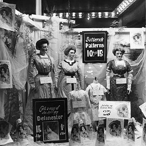 The complete history of mannequins: Garbos, Twiggies, Barbies and beyond. Image 4.
