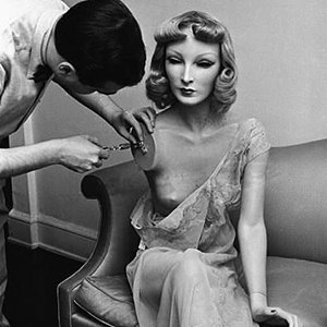 The complete history of mannequins: Garbos, Twiggies, Barbies and beyond. Image 15.