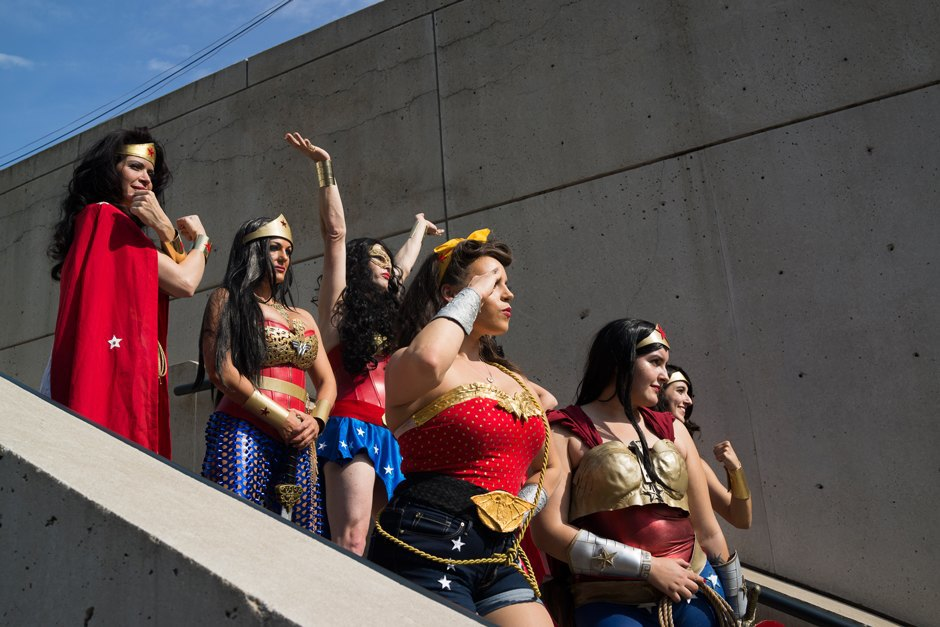 Wonderwomen pose for a photo at Comic Con.. Image 9.