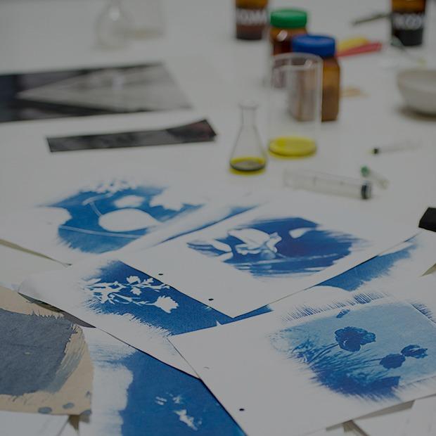Цианотипия:  Как напечатать фотографию своими руками — Репортаж на Look At Me