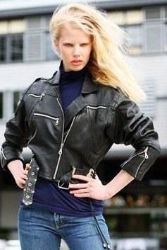 You love Street Fashion — Новости на Look At Me