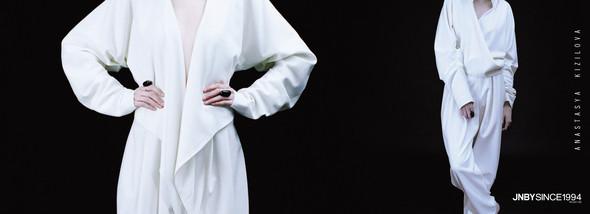 Дизайнер Анастасия Кизилова в пространстве JNBY — Мода на Look At Me