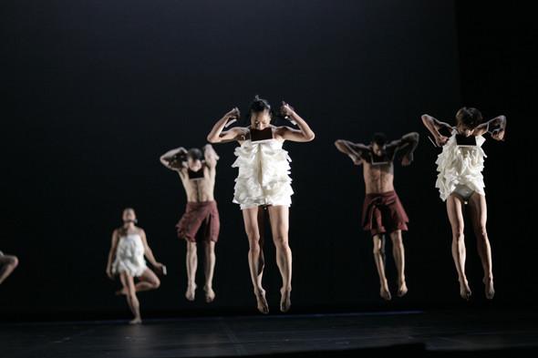 Игорь Чапурин создал костюмы для балета Creation 10 — Мода на Look At Me