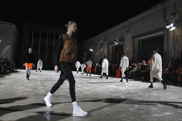Nina Donis: показ на морозе, Thinsulate и трансформеры — Интервью на Look At Me