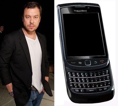 Чапурин разработал аксессуары для смартфона BlackBerry Torch 9800 — Мода на Look At Me