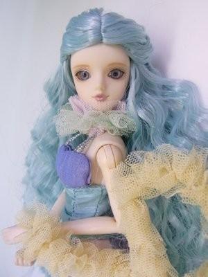 От кукольной одежды до мирового подиума — Сникер-культура на Look At Me