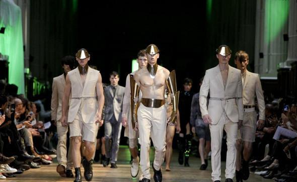 Mugler Menswear Spring/Summer 2012 — Мода на Look At Me