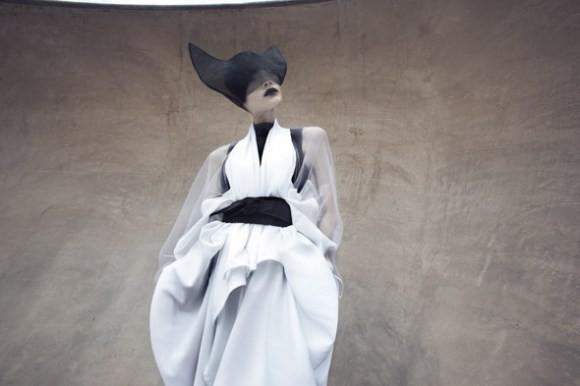 Японский минимализм в одежде – кошечки от Max Tan — Мода на Look At Me