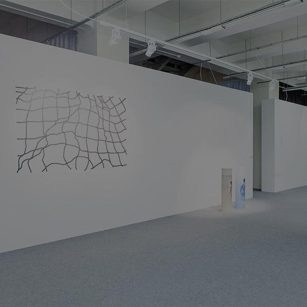 Одиночество в Facebook и плохой Wi-Fi глазами молодых художников