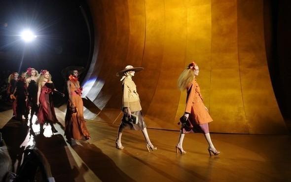На следующей неделе начнутся показы в Нью-Йорке — Мода на Look At Me