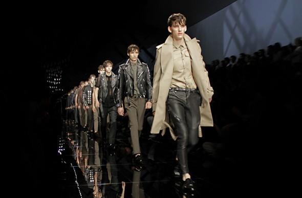 Трансляция показа: Burberry Prorsum FW 2011 — Мода на Look At Me