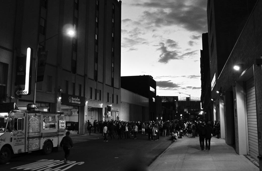 Художник и галерист Дарья Иринчеева об арт-мире Нью-Йорка и самиздате — Интервью на Look At Me