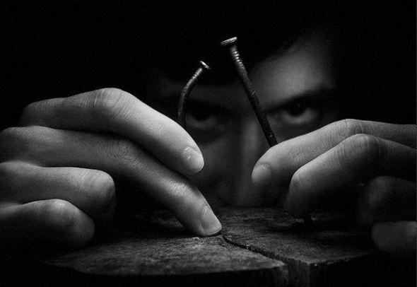 Влад Артазов и его гвозди — Фотография на Look At Me