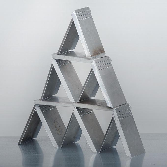 Художник Тима Радя  о своей работе «Стабильность» — Манифест на Look At Me