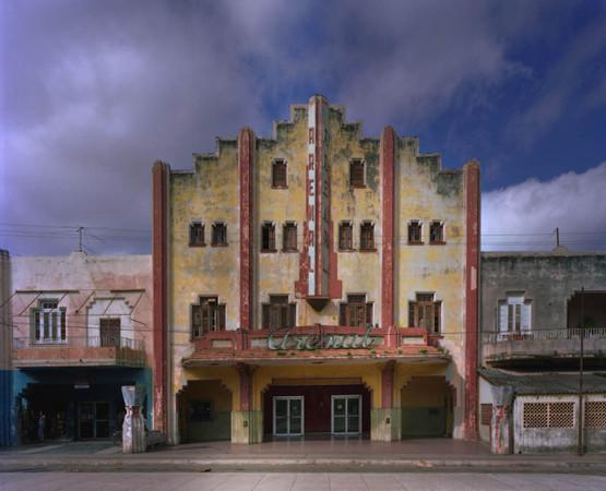 Фасады Гаваны от Michael Eastman — Интерьеры на Look At Me