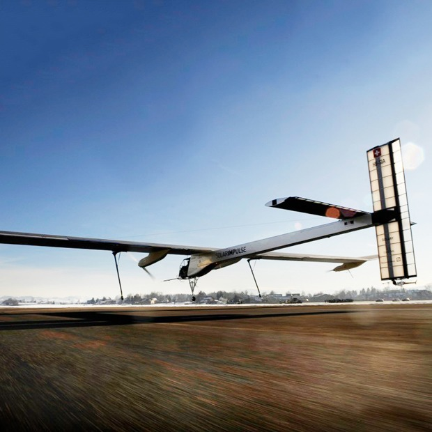 Первый самолёт  на солнечной энергии,  который долетит  на край света