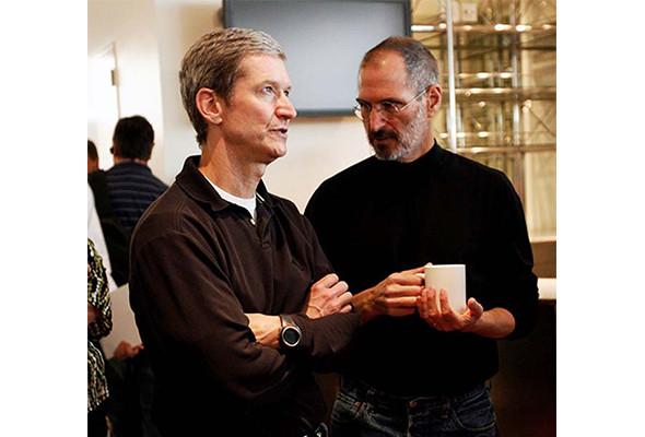 Стив Джобс ушел со своего поста — Медиа на Look At Me