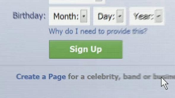 Жизнь в интерфейсе Facebook