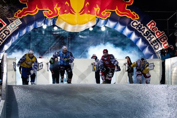 Финляндия взяла реванш в Москве 26 февраля (Red Bull Crashed Ice 2011) — Медиа на Look At Me