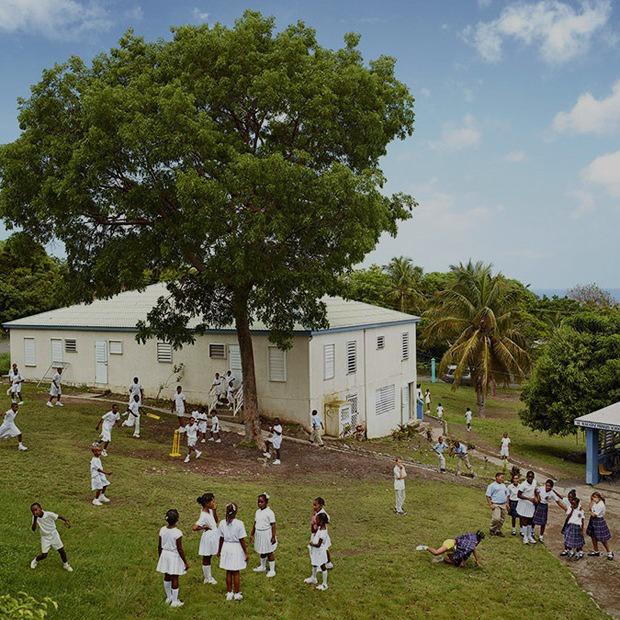 Фото: как выглядят детские площадки в разных странах мира  — Репортаж на Look At Me