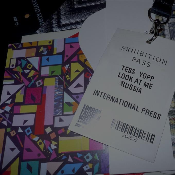 Дневник стилиста:  Тесс Йопп о Meadham Kirchhoff, лондонской погоде и Ashish — Недели моды на Look At Me