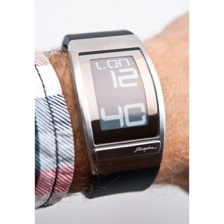 Часы Phosphor WORLD TIME с дисплеем из электронной бумаги