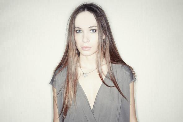 Гардероб: Анастасия Сирота, редактор моды журнала Glamour — Интервью на Look At Me