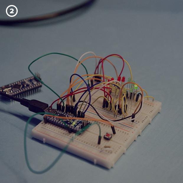 Как сделать передатчик сигнала SOS с помощью платформы Arduino — Репортаж на Look At Me