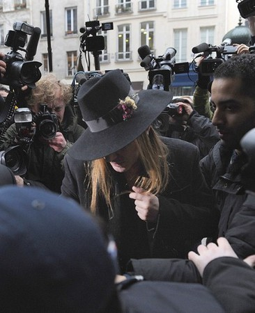 Dior уволили Джона Гальяно