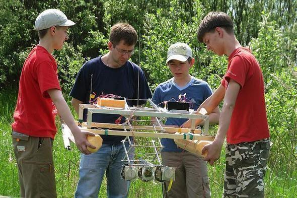 Юные конструкторы на испытаниях — Интернет на Look At Me