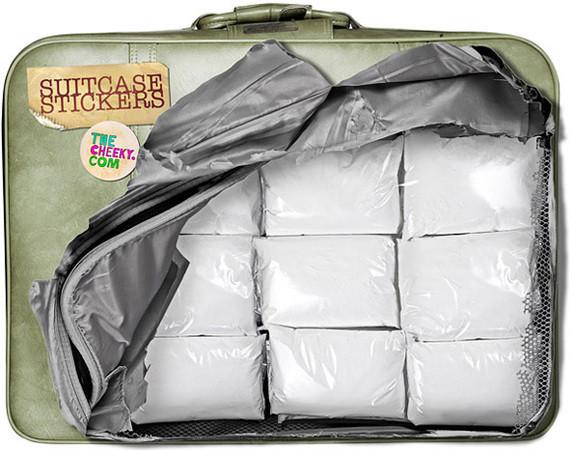 Безумные наклейки на чемоданы — Дизайн на Look At Me