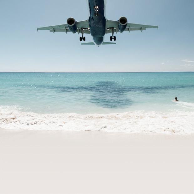 Идеи для путешествий: необычные пляжи и один тропический коктейль