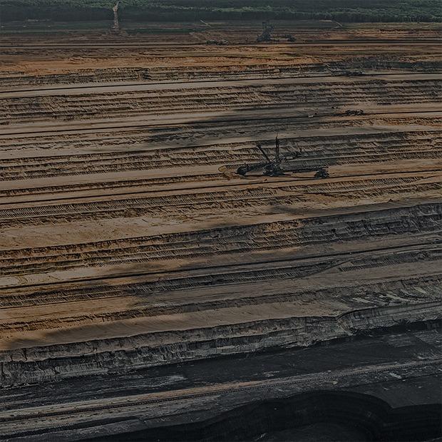 Захватывающие фотографии огромной угольной шахты