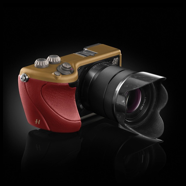 Объект желания: Hasselblad Lunar Limited Edition — Покупка на Look At Me