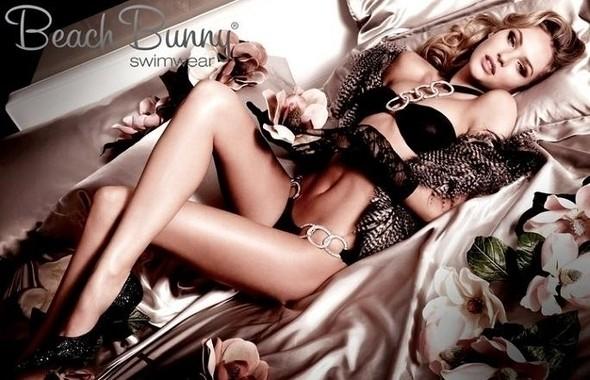Candice Swanepoel в купальниках Beach Bunny Лето 2011 — Мода на Look At Me