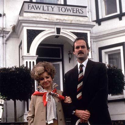 Fawlty Towers или отель вам не цирк — Новости на Look At Me