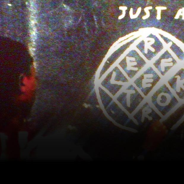 Atoms for Peace, Канье Уэст, Arcade Fire и другие музыканты, необычно продвигающие свои альбомы