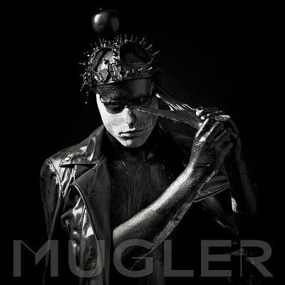 Вышел в свет web-only ролик о сверхновом Thierry Mugler — Мода на Look At Me