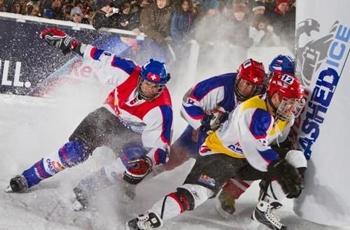 Самые отчаянные конькобежцы мира снова на льду
