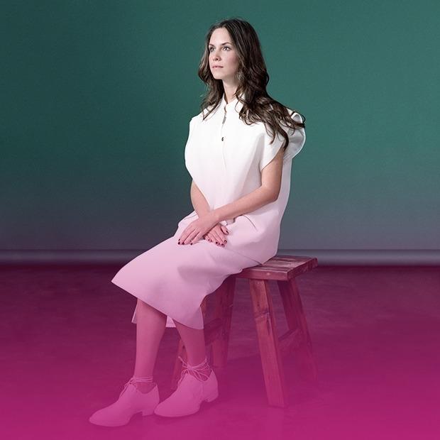 Российские дизайнеры отдыхают на своих стульях — Эксперимент на Look At Me