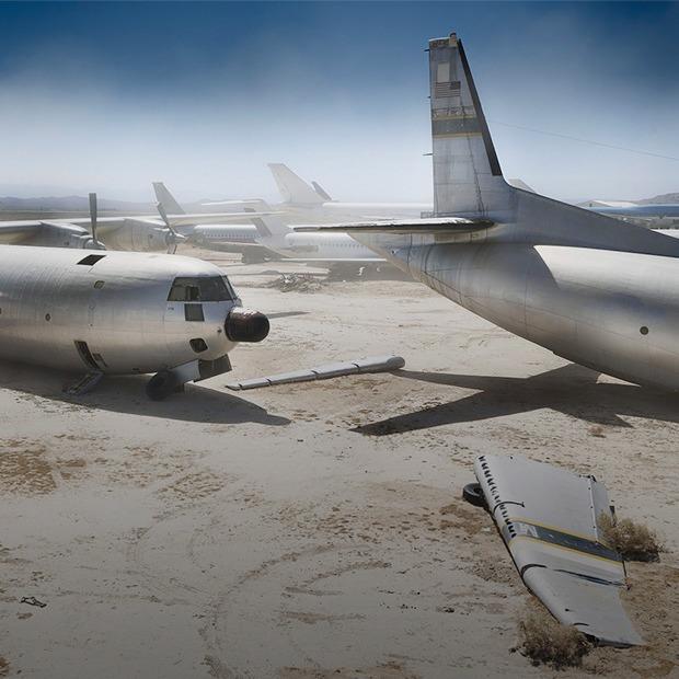 Кладбище самолётов  в выжженной пустыне  — Репортаж на Look At Me